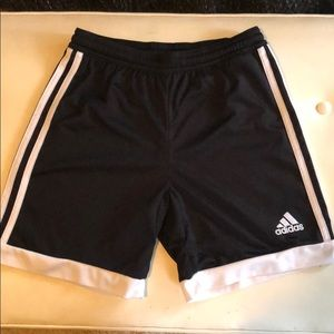 Adidas sport shorts size small